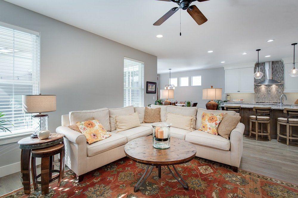 Köp lampa och skapa mysig atmosfär i hemmet